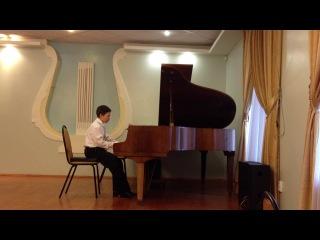 Вечер. Прокофьев. Исполняет Миша  на концерте.