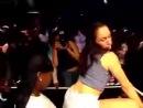 Прикольно девочки танцуют.mov