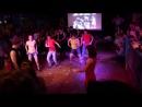 Батл 4. Танцы-обниманцы, Los Rumberos и Зеленый человечек