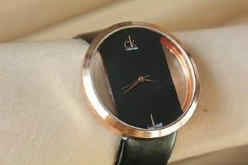 сайт http://www.xseller.com.ua.  Часы ck gold edge.  80грн!