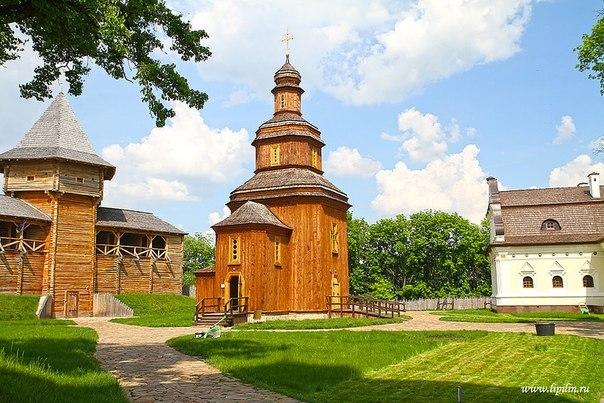 Активисты и деятели культуры Польши осудили осквернение могил украинцев в селе Верхраты - Цензор.НЕТ 8516
