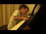 Ему всего 4 года! Не каждый ученик музыкальной школы так умеет 😃