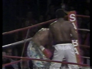 Dennis Alexio vs Lowell Nash