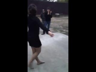 (Кавказский Переулок) Чеченка Танцует Лезгинку