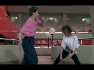 Zhi fa xian feng. Синтия Ротрок vs. Карен Шеперд. 1986 год между прочим.