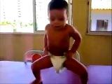 Приколы с детьми вот это танец Смех до слезvideo.mail.ru