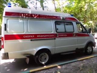 Пьяный мужчина на чужом автомобиле сбил пешехода во дворе дома на юге Москвы (12.07.14.)