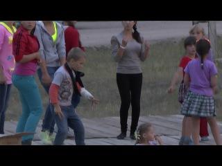 Начало дискотеки в с.Зырянск 16.07.2014г.