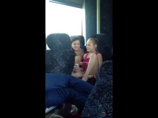 Maddie and Brooke singing