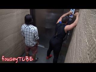 Розыгрыш! Мортал комбат в лифте 2014