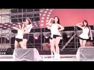 "[140808] Group focused ""B.B.B (Big Baby Baby)"" fancam at 'Gyeongju Blue One Waterpark'"