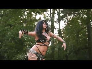 Diana Bastet Metal Belly Dance. Arch Enemy 'Enter The Machine'