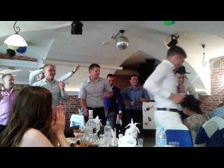 Ведущий Алексей Коведяев | Импровизированный сюрприз от жениха