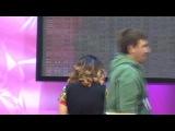 Анна Седокова показывает дочке Монике Партийную зону и поет песню ''Дотронься''(SoundCheck)