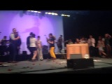 Ingrid Michaelson performs Afterlife with all the guests dancing on stage.
