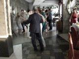 Мои мама и папа танцуют на свадьбе внука, моего племянника. Июнь 2014 года