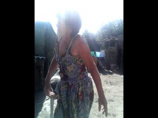 русская бабка зажигает под циганочку 09.08.2014 18:05
