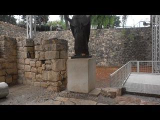 Место,где хранились мощи Св.Николая Угодника. Их