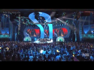 Demi Lovato - Really Don't Care feat. Cher Lloyd [LIVE TEEN CHOICE AWARDS 2014 ]HD
