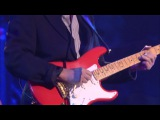 Hank Marvin (THE SHADOWS) The Strat Pack 2005 Live In Concert  01.Hank Marvin - Sleepwalk 02.Hank Marvin - Apache