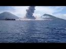 Взрыв вулкана Тавурвур в Папуа-Новой Гвинее (редкое видео)