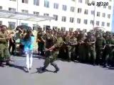 вот как мы себя ведём кавказцы танцуют лезгинку _146