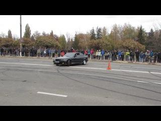 Дрифт на БМВ 3, Красота! Сумы, Авто-шоу, 01.11.2014.