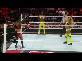 (WWEWM) WWE Monday Night RAW 30.06.2014: Nikki Bella vs. The Funkadactyls (Cameron Naomi) - Two On One Handicap Match