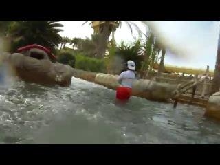 Полный путь водопада наверх Аквапарк Wild Wadi Дубай