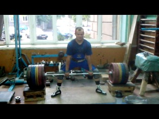 Тяга 300 кг в новых борцовках от powermens