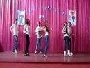 Shakira loka dance