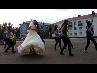 Поздравлюха Веронике с Днем свадьбы