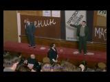 Ораторы Сергей Безруков  (Есенин) и Евгений Дятлов (Маяковский) в фильме