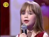 Девочка поет песню из кф Титаник