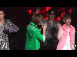 [2010.08.27] Onew Key imitating BoA's backdancers