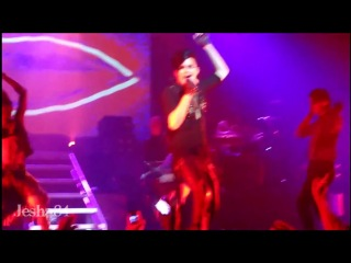 Glam Nation Tour - Fever (Staten Island - 24.08.2010)
