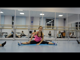Stretching разводим ноги в ст 12.09.14