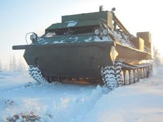 Буровая установка ПБУ-2102 на базе вездехода МТЛБ «ТюменНИИгипрогаз»
