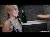 Секс в клубе. Лесбиянки лижут киски. Party Hardcore HD