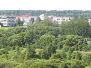 г. Шклов. Вид из-за Днепра и ратуша. Могилевская область, июль, 2014 г.