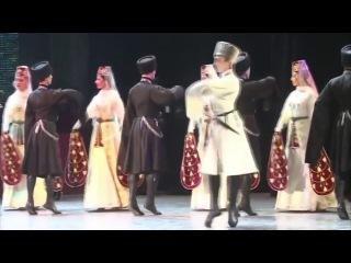 Георгий Тибилов и Зарина Канатова - Осетинский плавный танец (темы хонга и зилга)