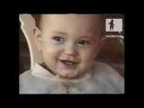 Малыш смеется как дельфин )  #новые лучшие прикол самые смешное видео Фейлы fail коты девушки путин ржач новинки new 100500