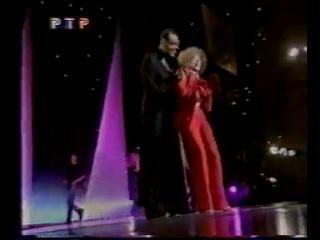 Людмила Гурченко на показе у Юдашкина(2000) песня