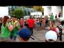 Стартин, танец с воздушным шариком : 4-й отряд ЖГЁТ )