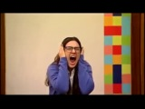 Coffee_Shop_Surprise_Carrie_Official_Commercial 2