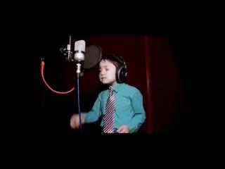 Узбекский мальчик поёт ( I will always love you )