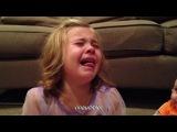 Девочка очень расстроилась, когда узнала, что её брат должен вырасти.Пусть он всегда будет маленьким :)