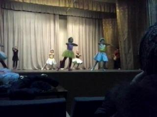 Умёт. РДК. 06.11.2014. 1 Класс. Репетиция танца перед выступлением в Липецке.