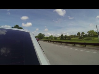 Tesla Model S vs. BMW 335i + тюнинг