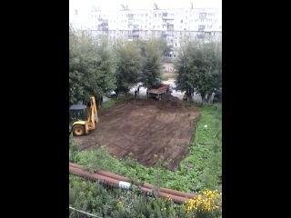 Была детская площадка - нет детской площадки. Грамотный захват земли ТСЖ. Юридически все верно.